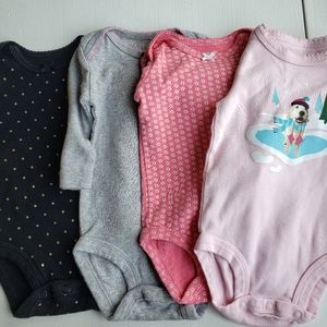 3. Basic long sleeve onsies set